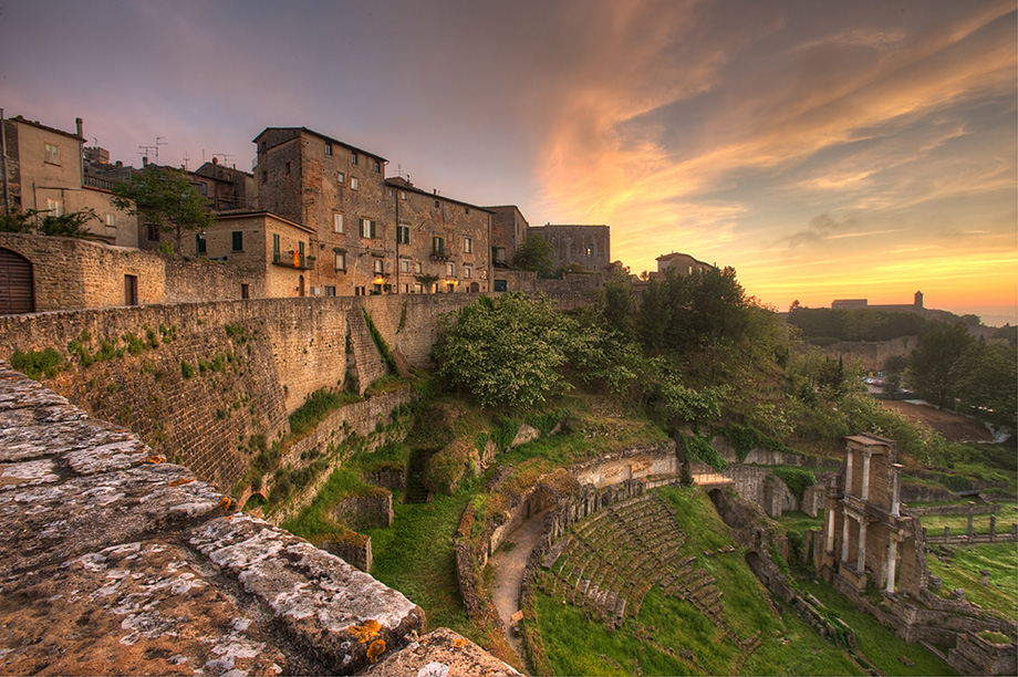 Volterra Italy  city photos gallery : Volterra – A Glimpse into Italy's Medieval Past